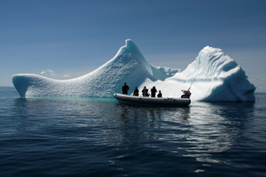 /files/pictures/0014/1174/Iceberg2small.JPG